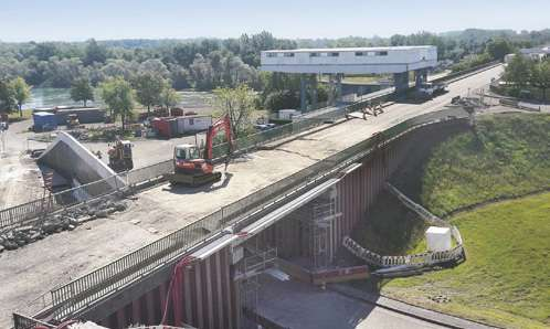 Le Chantier Des Ponts Sur Le Rhin Comprime Ses Delais