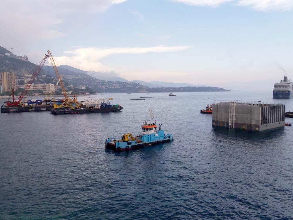 Le premier caisson de la future extension marine de monaco for Caisson maritime