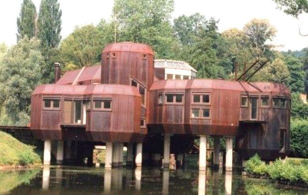 """a gif-sur-yvette : la """"maison en acier"""" est à vendre"""