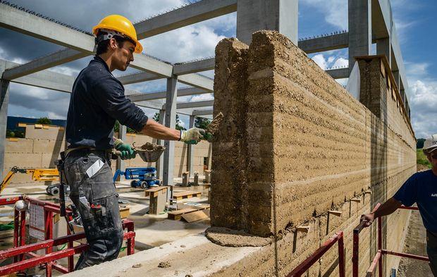 La Construction En Terre Crue A Sa Vitrine En Suisse