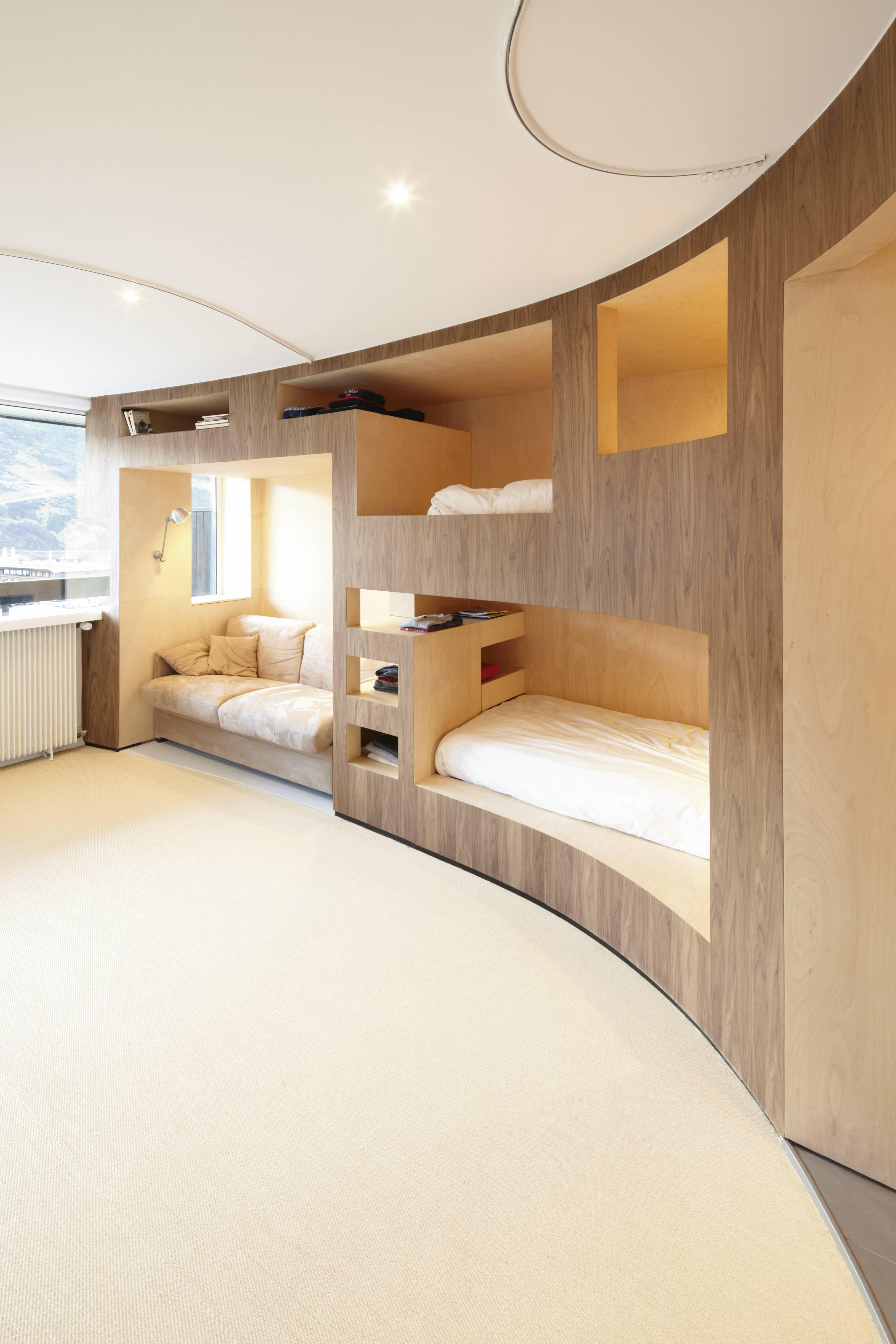 Mobilier Pour Chalet Montagne un appartement-meuble dans une station de ski alpin