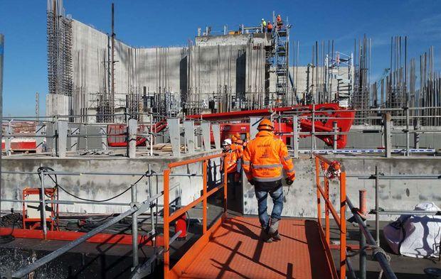 Fabrication des caissons n cessaires la future extension for Caisson maritime