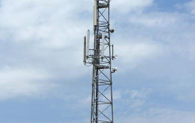 Assouplissement des procédures d'urbanisme pour les antennes