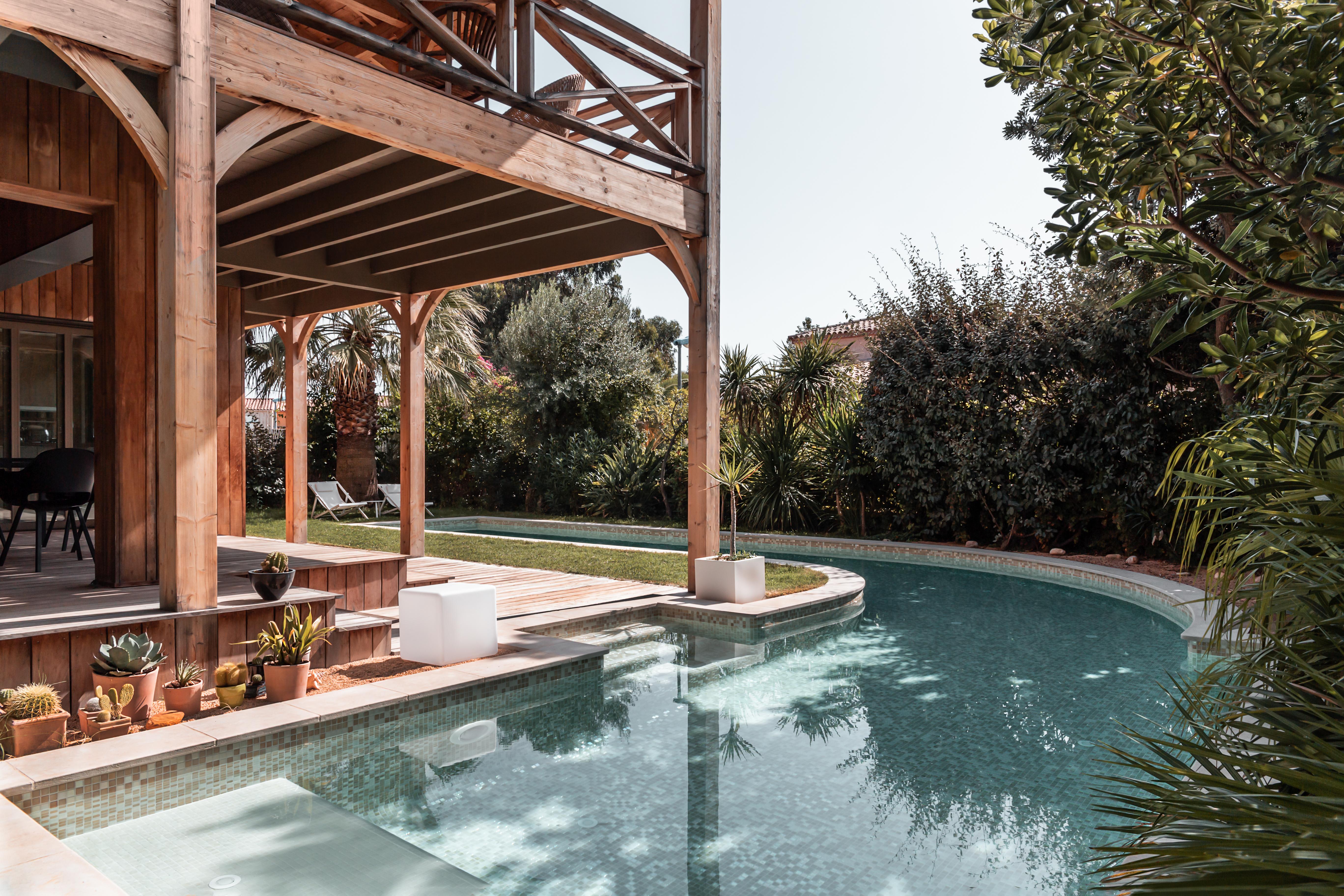 Constructeur De Piscine Paris conjoncture radieuse pour la piscine privée française