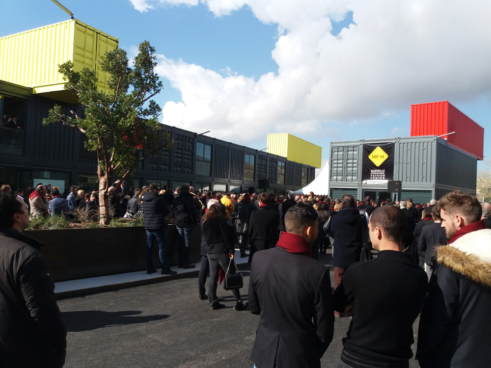 Le Marseille International Fashion Center, MIF 68, a été officiellement inauguré le 19 février en présence de plus de 500 invités dont Jun ZHAI, Ambassadeur extraordinaire et plénipotentiaire de la République populaire de Chine en France.