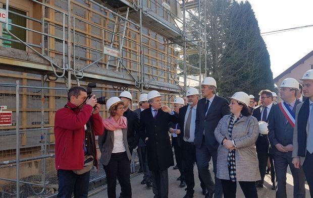 39acf542f5e L État va soutenir 100 projets de construction ou rénovation en bois dans  des petites communes