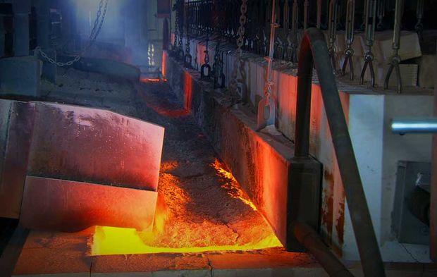 fabrication du verre l 39 usine saint gobain glass d ain el sokhna en egypte. Black Bedroom Furniture Sets. Home Design Ideas