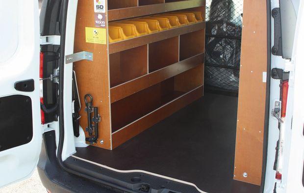 une aide financi re pour acheter ou louer un v hicule utilitaire l ger am nag. Black Bedroom Furniture Sets. Home Design Ideas