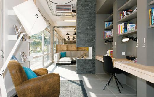 Bureaux partagés un hôtel dentreprise « comme à la maison »